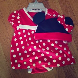 NWT Minnie Mouse Top and hat 3-6 months